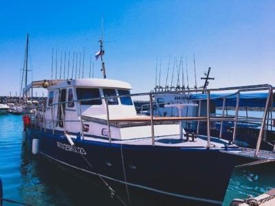 Катер Адмирал - рыбалка Адлер 3 часа