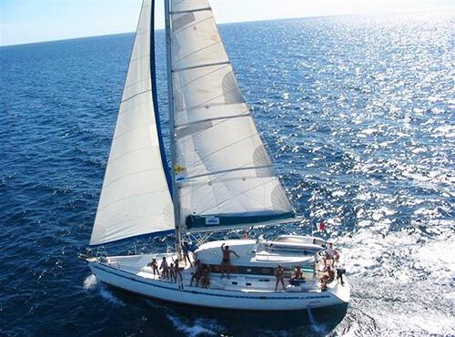 Яхта парусная Аксиния Dufour Atoll 50