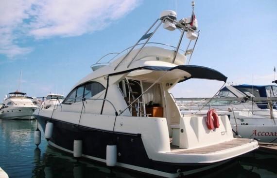 Яхта Женева