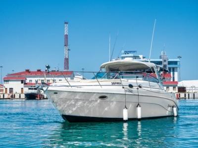 Яхта Rinker Fiesta vee 340 Эврика